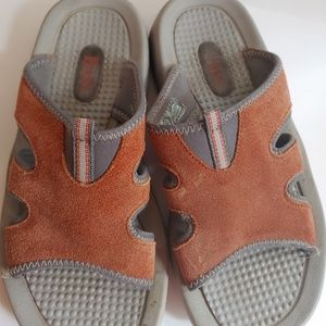Bass Open Toe Suede Leather Upper Rubber Sole 6M